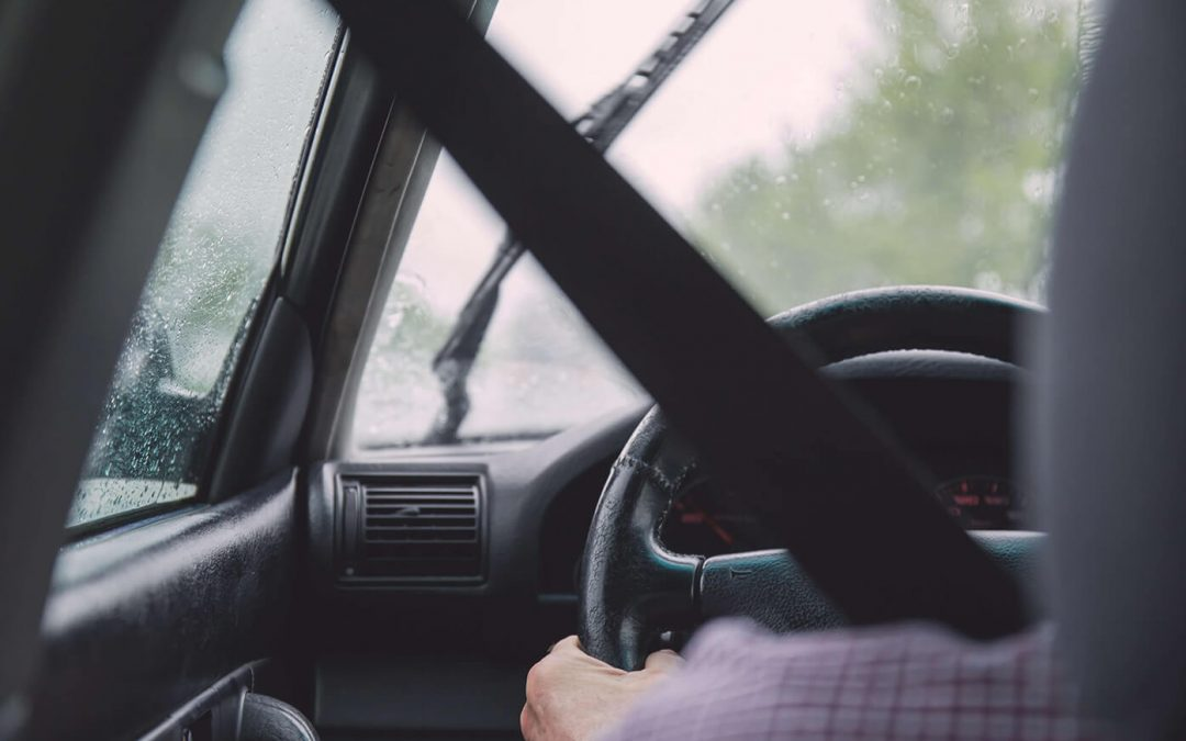 How Chiropractic Treatment And Physical Therapy Can Help With Whiplash Injuries